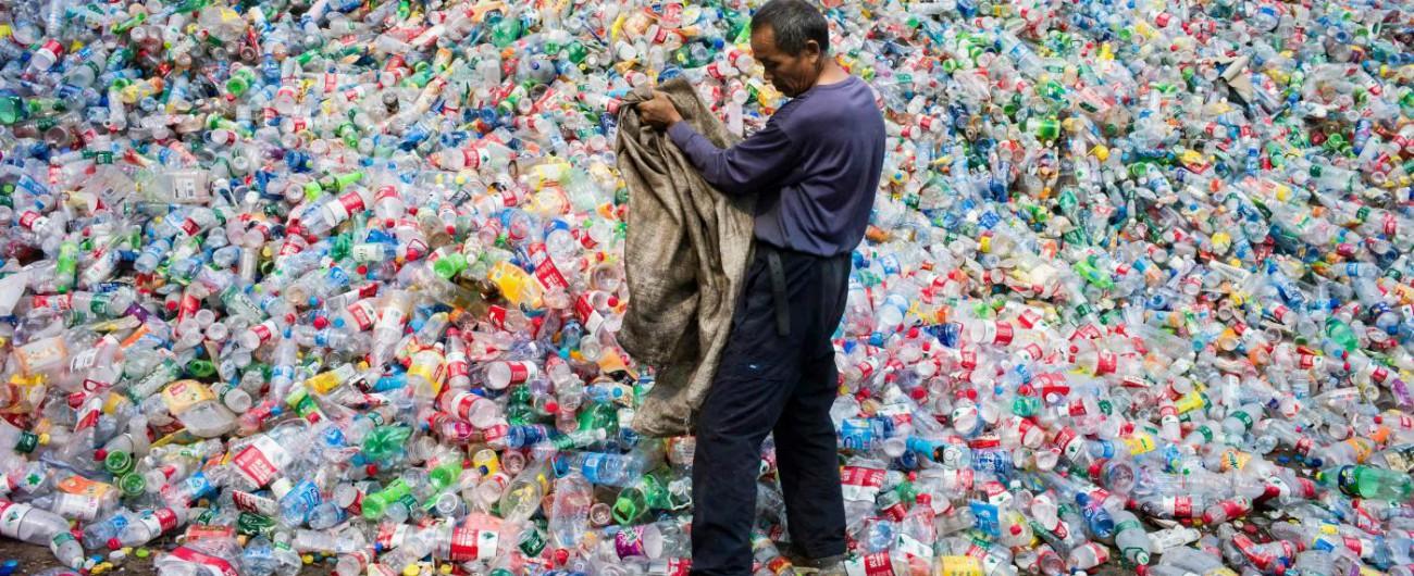 Plastic free, oggi parte la rivoluzione al ministero dell'Ambiente: solo acqua alla spina. E la ricerca va avanti