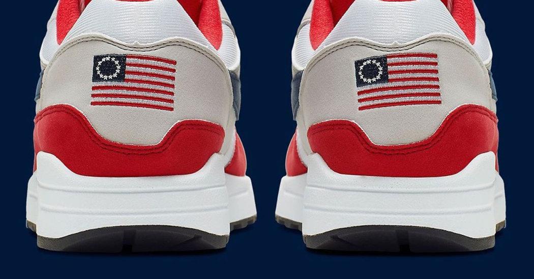 ESTERI La bandiera schiavista sulle scarpe, Nike deve ritirare il modello pensato per il 4 Luglio