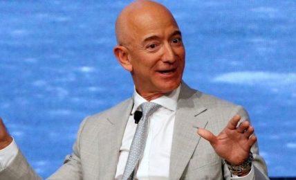 Clima: Jeff Bezos lancia fondo per la Terra da 10 mld dollari