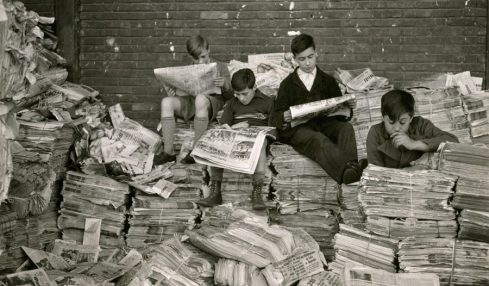 Addio cari giornali di carta, vittime del virus