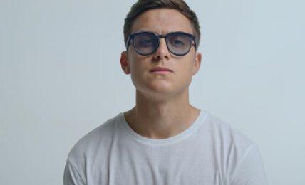 Il gol per l'ambiente di Dybala: con una start up di New York firma occhiali stampati in 3D